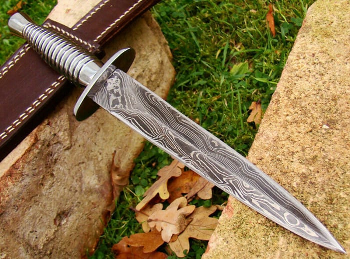Is D2 steel good for knives
