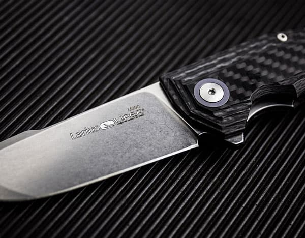 Is M390 A Stainless Steel